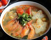 Canh chua tôm nấu khế