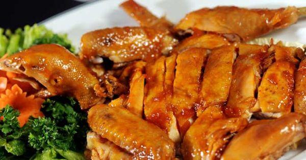 Bí quyết làm món gà hấp nước mắm thơm ngon