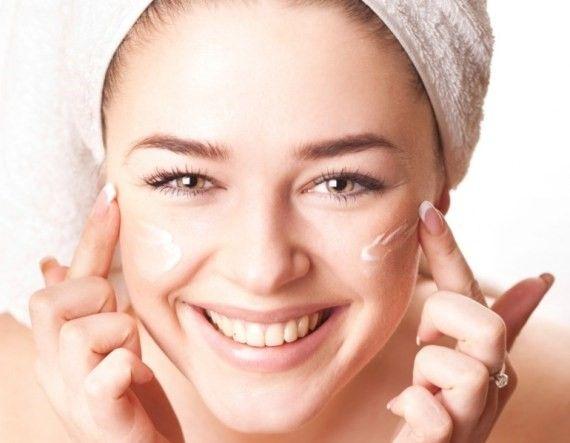 Cách chăm sóc da mặt sau sinh tại nhà hiệu quả