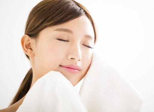 Các bước chăm sóc da mặt tuổi dậy thì cơ bản tại nhà