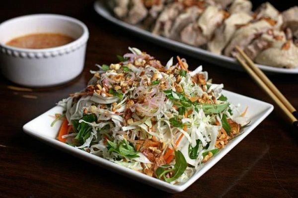 Cách làm món gỏi vịt bắp cải dễ ăn, lạ miệng tại nhà