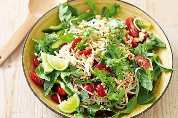 Cách làm món salad dầu giấm dễ ăn, lạ miệng tại nhà