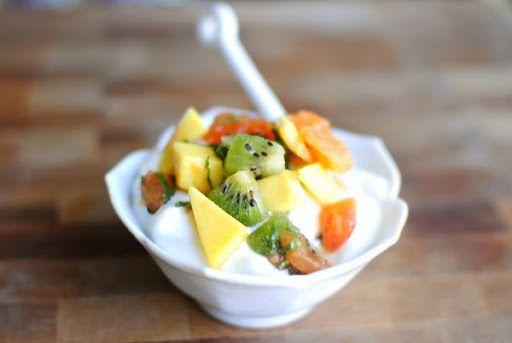 Hướng dẫn cách làm salad trái cây tươi ngon đơn giản tại nhà