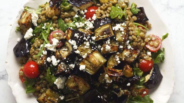 Cách làm món salad cà tím đậu lăng  thanh ngọt, đậm đà lạ miệng tại nhà