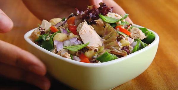 Cách làm món Salad cá ngừ ớt chuông bó xôi dinh dưỡng thơm ngon dinh dưỡng