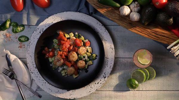 4 bước đơn giản để có món Salad sò điệp và bơ dinh dưỡng tại nhà