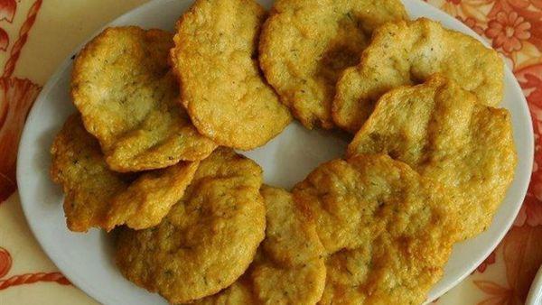 Mách bạn cách chế biến món chả cá chay củ năng hấp dẫn lạ miệng cho cả gia đình