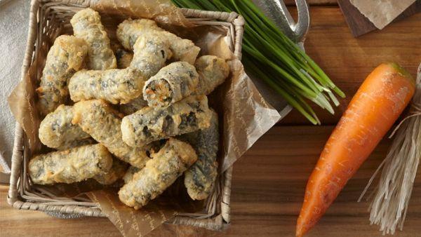 Hướng dẫn cách làm món miến cuộn rong biển trứng xúc xích thơm ngon, hấp dẫn
