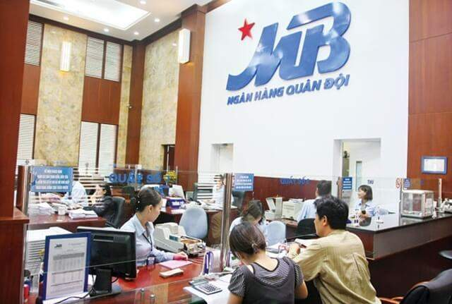 Tra cứu số tài khoản ngân hàng MB Bank tại cây ATM