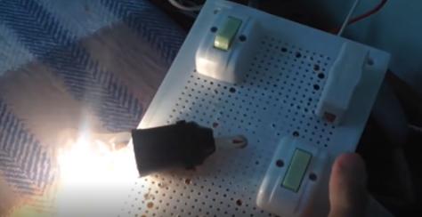 Mô hình sản phẩm mạch điện