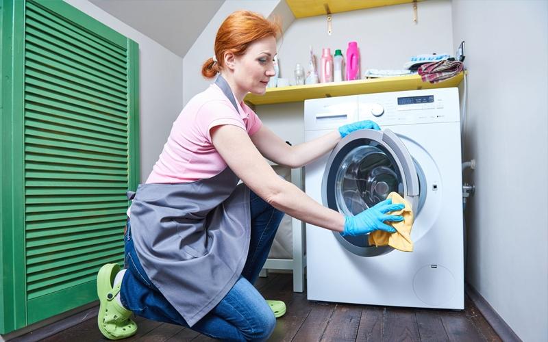 Các bí quyết giúp khử mùi hôi quần áo