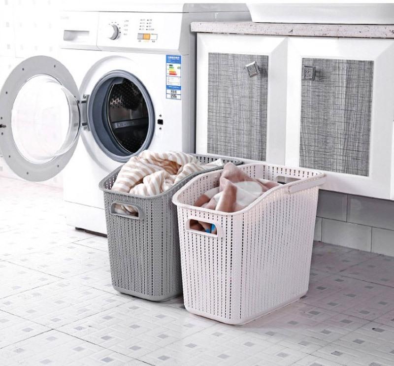 Quần áo được phơi trong những thời tiết ẩm ương cũng làm mất đi mùi thơm của nước xả vải sau khi giặt