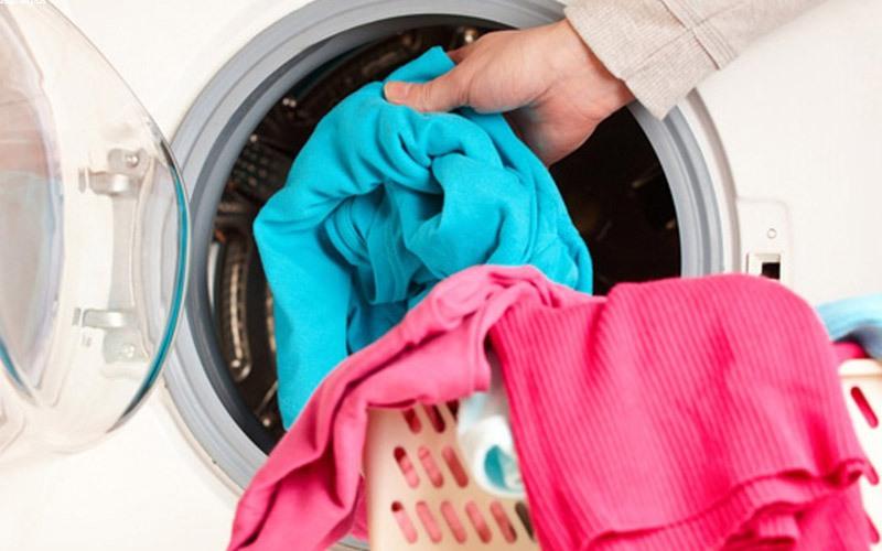 Vi khuẩn sẽ tăng lên rất nhiều khi giặt chung quần áo hay drap giường với đồ lót