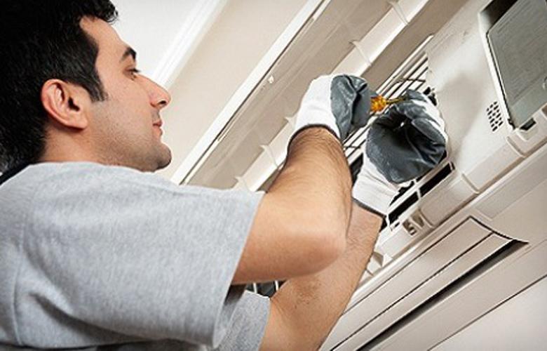 Vệ sinh tủ lạnh thường xuyên để không khí trong lành hơn