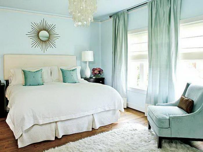Lựa chọn phòng màu sáng sẽ giúp phản xạ nhiệt tốt hơn