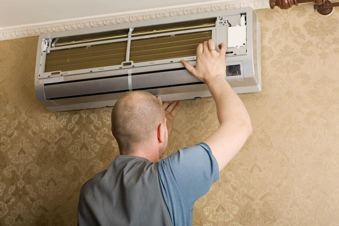 Vệ sinh máy lạnh giúp máy hoạt động ổn định
