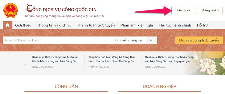 Truy cập vào website: dichvucong.gov.vn. Nhấn vào nút Đăng ký
