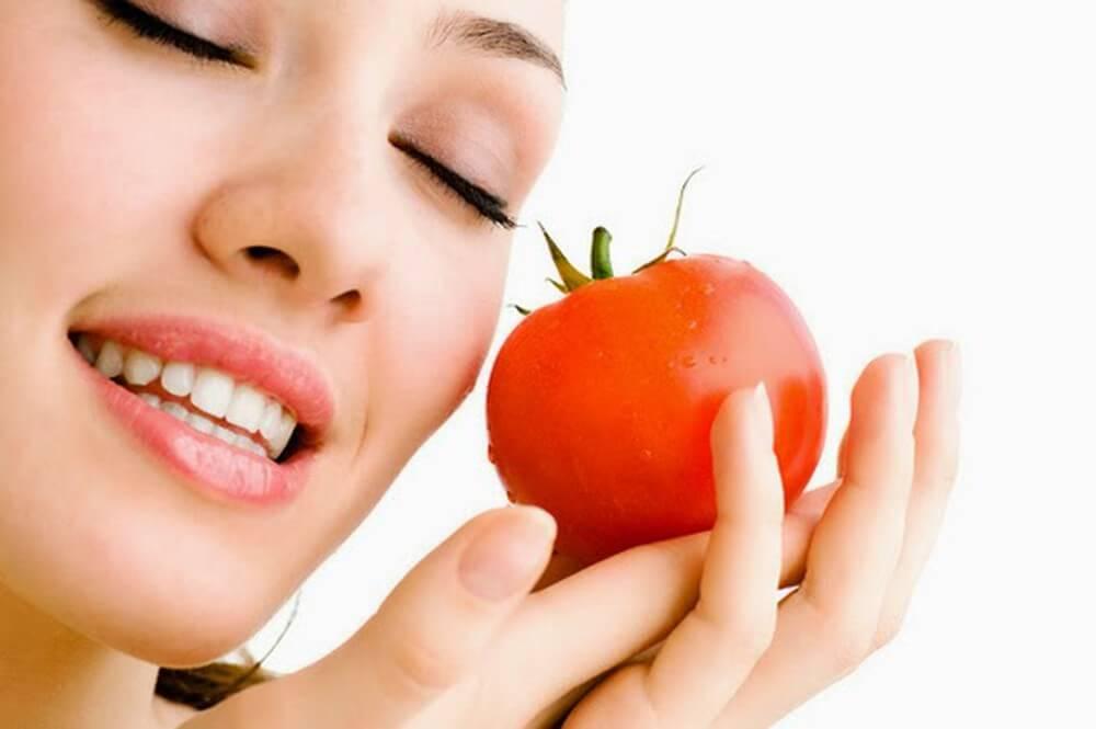 Mặt nạ cà chua giúp làn da trắng hồng