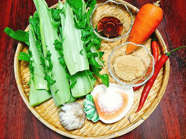Nguyên liệu làm Ngồng cải muối chua ngọt