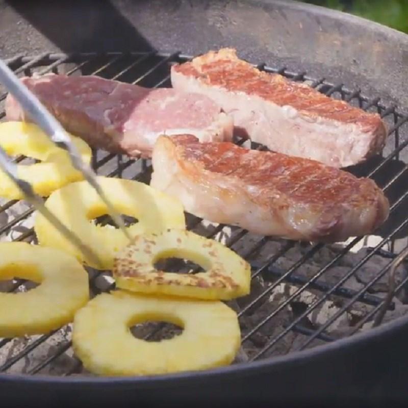Nướng dứa và thịt bò