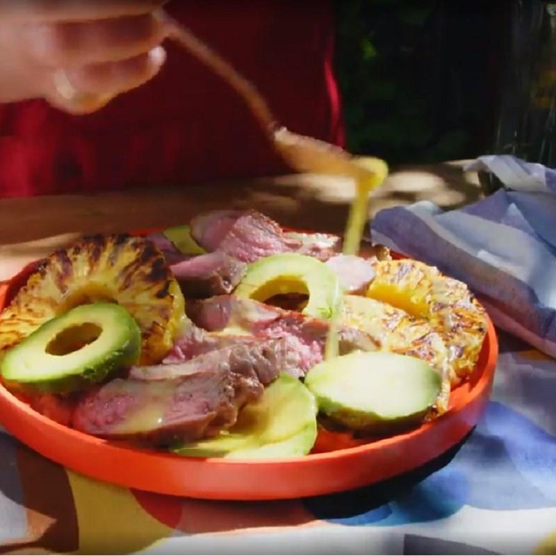 Thành phẩm món salad bơ dứa