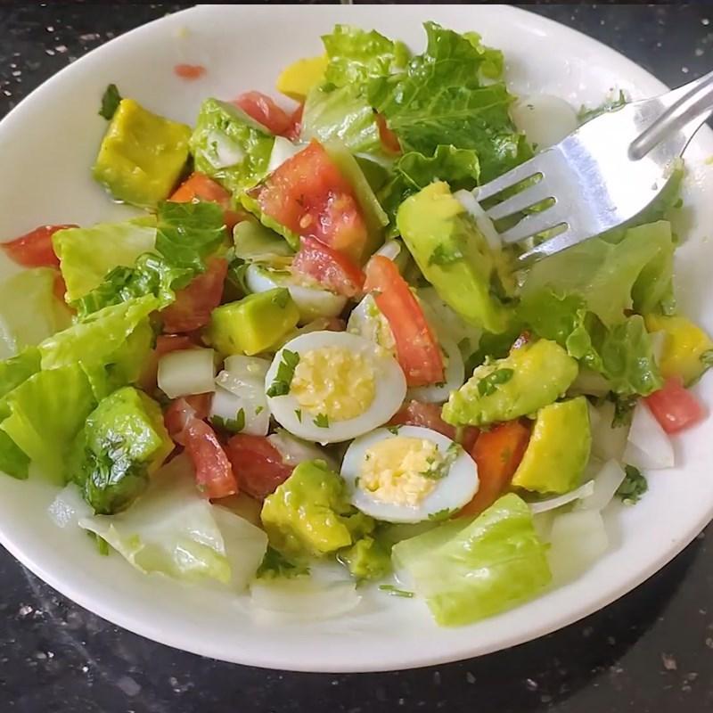 Thành phẩm món salad bơ trứng