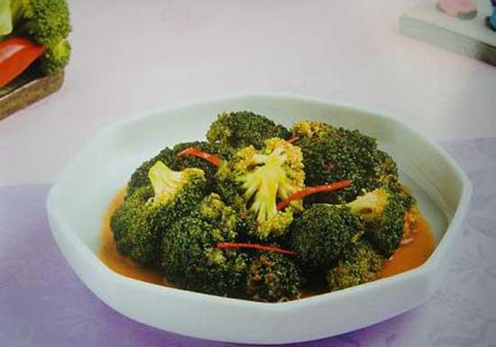 Thành phẩm món Kim chi súp lơ
