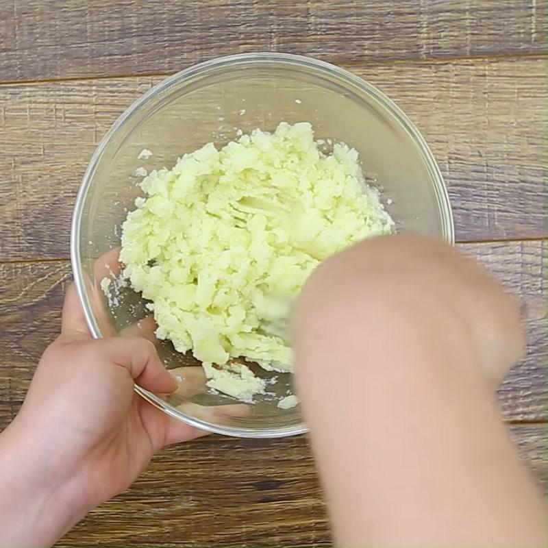 Hấp và nghiền khoai tây