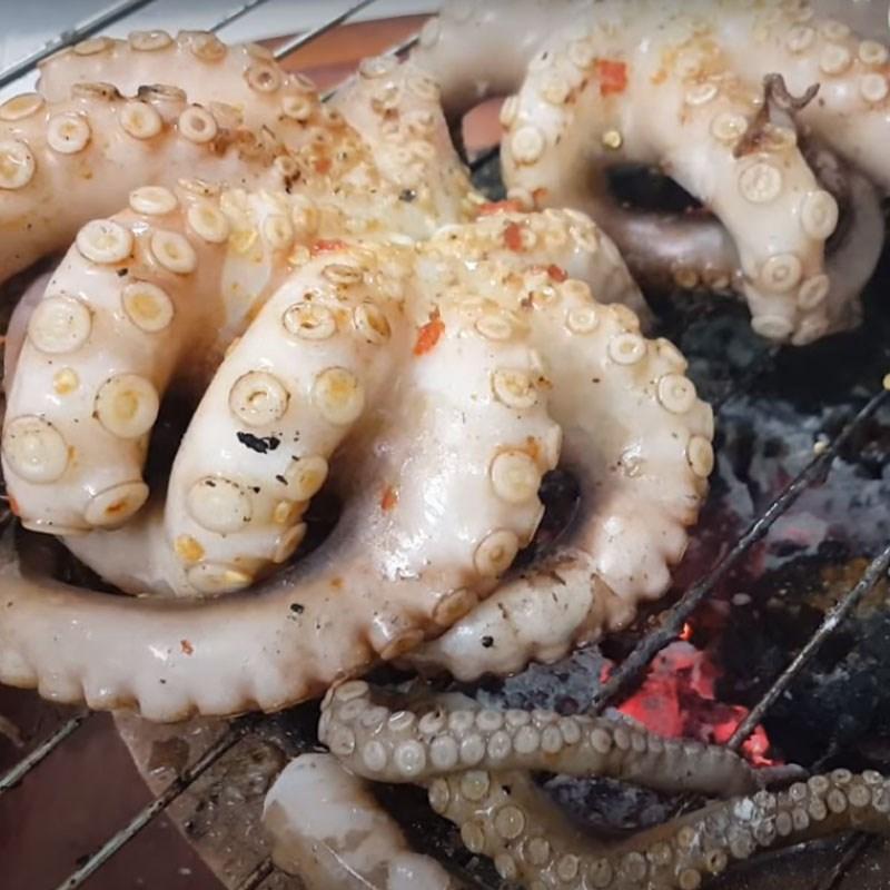 Nướng bạch tuộc