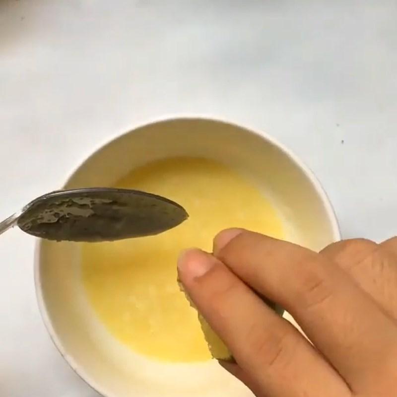 Pha sốt trộn salad